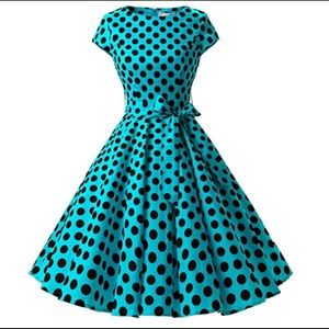 1950s Inspired Retro Rockabilly Cap-Sleeve Dress